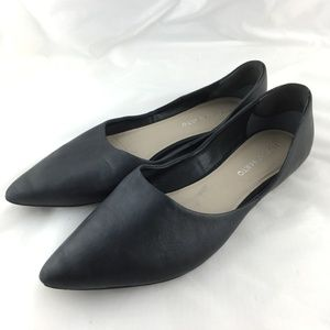 Pointy flats black leather 8.5 pointed shoes Heath